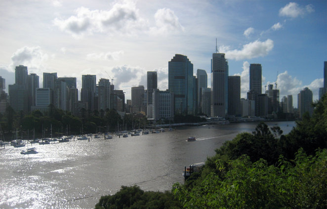 The view from the Kangaroo Point Cliffs makes tourists go wow!