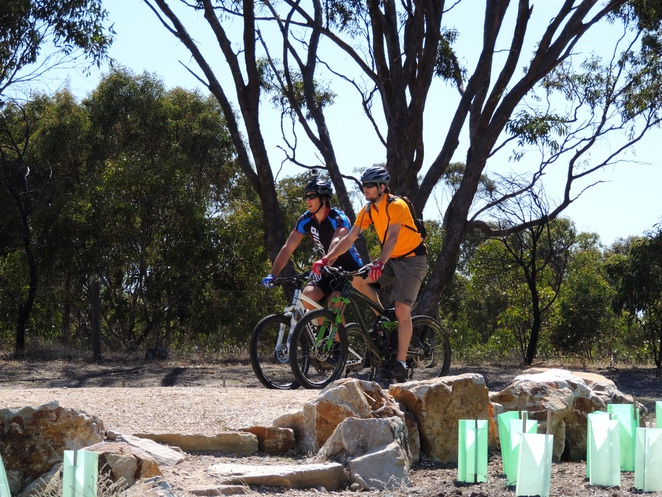 mountain biking, hiking in the, bicycle trails, adelaide hills, off leash dog, south of Adelaide, bike trail, craigburn farm, sturt gorge, mountain bike riders