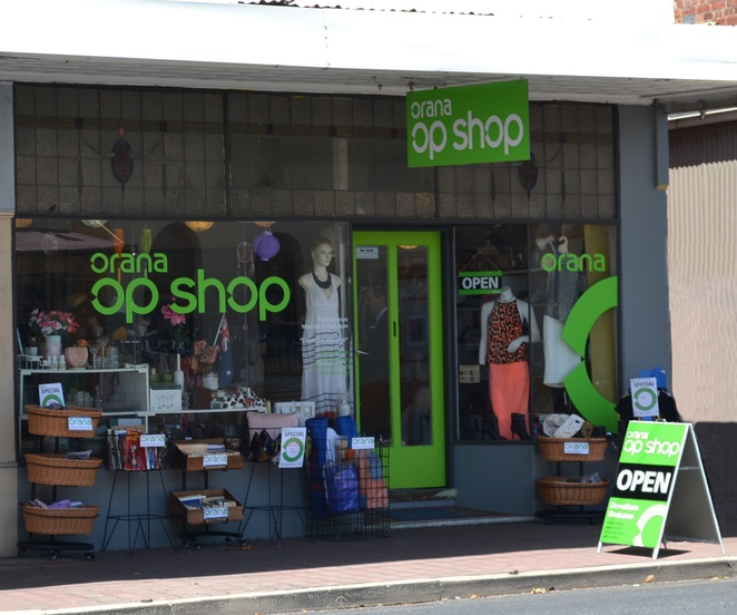 Orana Op Shops, bargain, cheap, Sunflower Op Shops, second hand, thrift, vintage, retro, books, clothes, shoes, furniture, home wares, Goodwood, Seacombe Gardens, Christie Downs, volunteers
