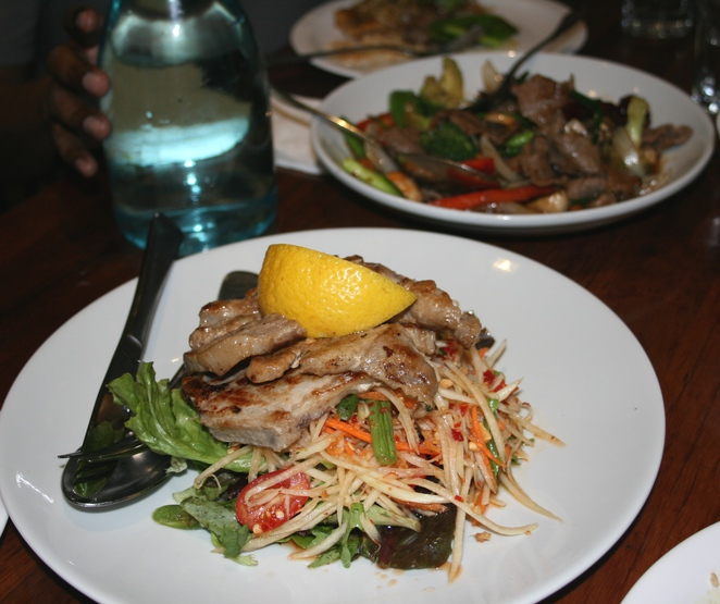 Papaya salad with pork chop