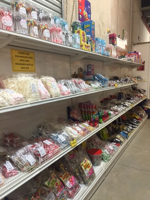 Sunshine Confectionery, open to the public, lollies, chocolates, nuts, colour-theme your event, special occasions, on-line ordering, weddings, christenings, christmas, halloween, mother's dayi