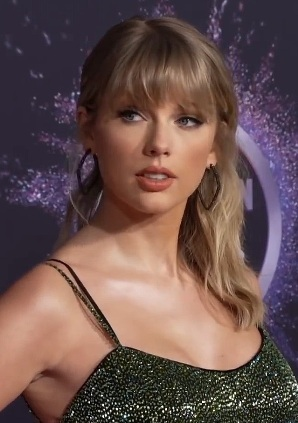 taylor, swift, folklore, cd, album, music, songs