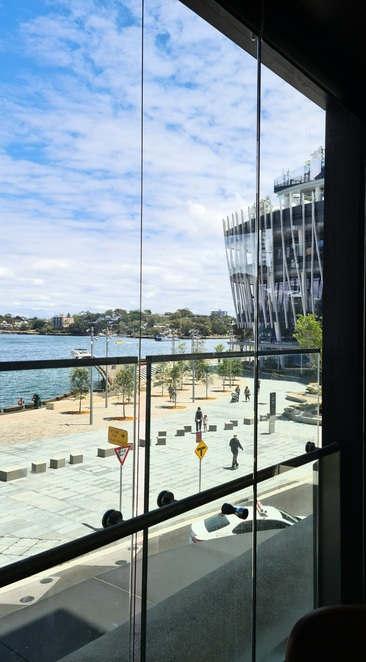 Views, waterfront, lunch, dinner, dining, food, wine, Sydney
