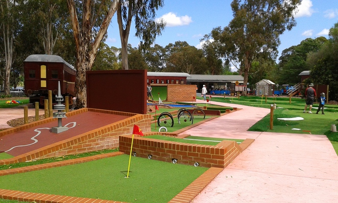 yarralumla play station, mini golf, putt putt, canberra, ACT, school holidays, families, parties for kids, miniature train ride,
