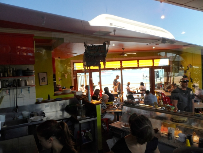 cafe, neutral bay, thelma louise, coffee, breakfast, lunch, waterfront