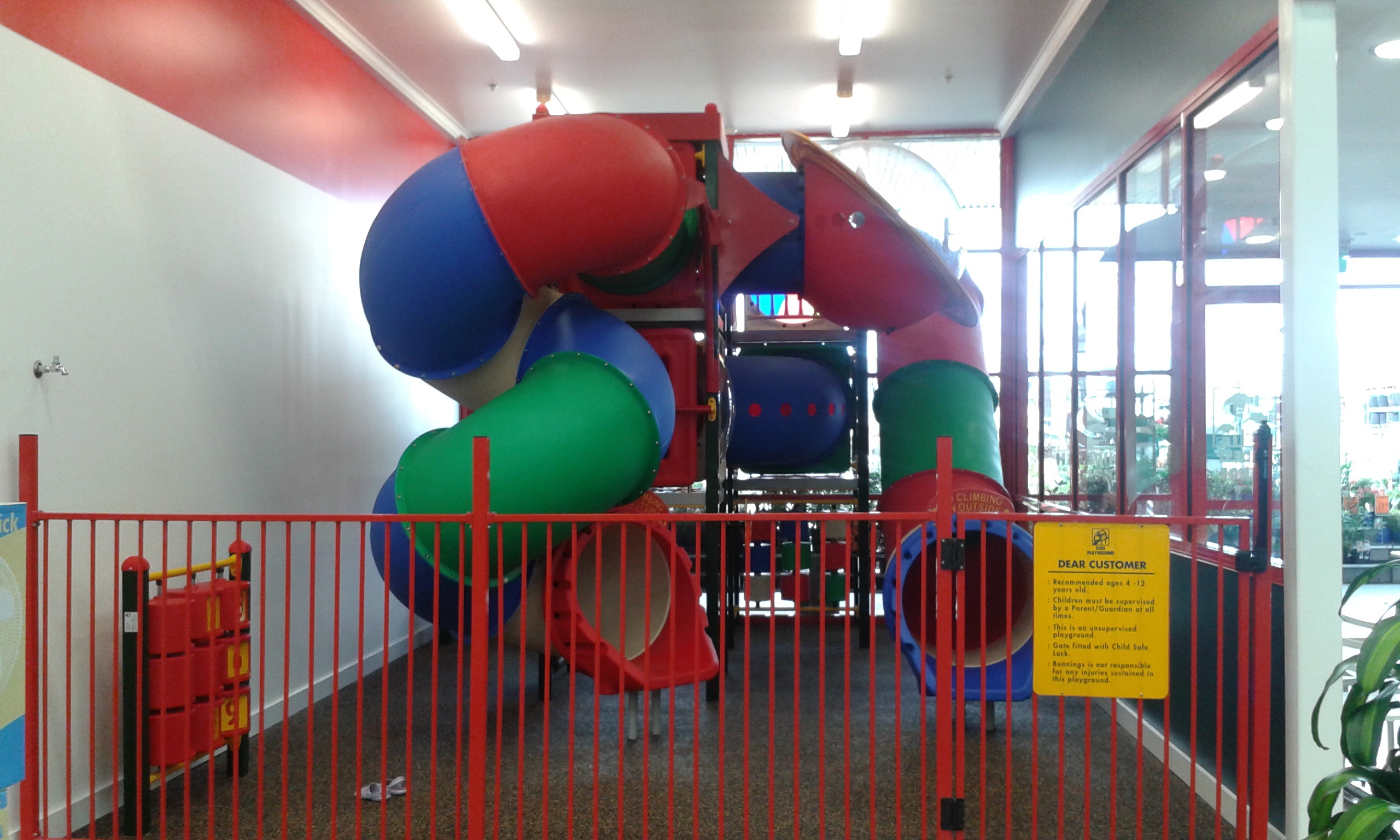 Where are the best playgrounds in gungahlin canberra for Inside play areas