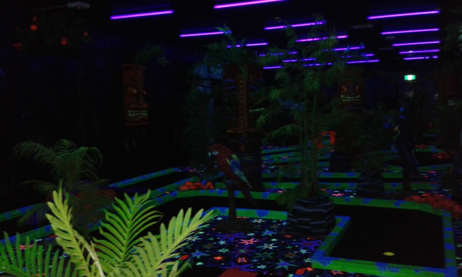 jungle glow in the dark mini golf, mini golf, putt putt, jungle, glow in the dark, griffith, canberra, ACT, family activities, childrens parties, go karts, games arcades, family fun,