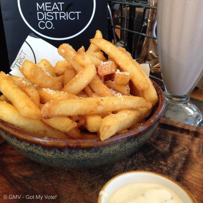 Meat District & Co, Sydney, Weekend, Wharf, GMV, Food, Hamburger, Darling Harbour, Casual, Drink