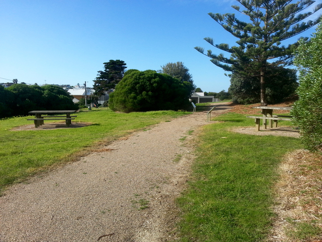 Ocean Grove Lookout, Grant's Lookout, Ocean Grove, History, Bellarine, where to have a picnic in ocean grove, picnic spots, picnic tables, quiet picnic spots,