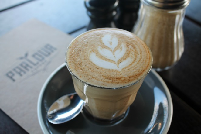 parlour coffee burleigh heads tallebudgera creek cafe coffee latte