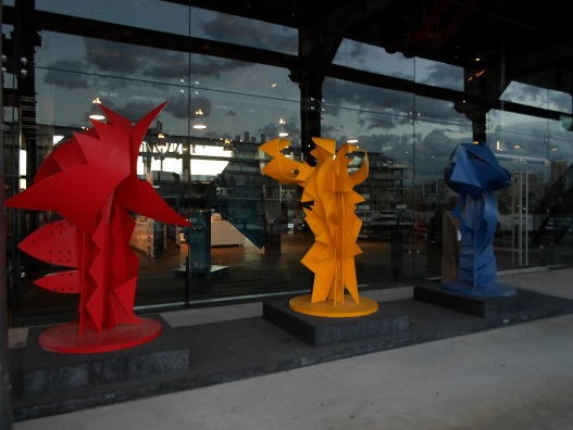 walsh bay sculpture walk red yellow blue Diego Latella