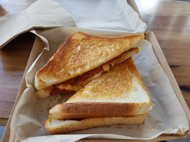 8 seeds toastie bar moorabbin