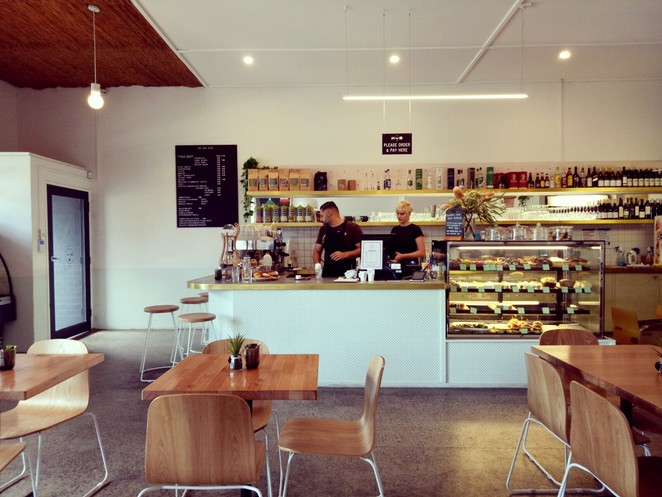 Cafe, the hub, foodstore, child friendly, grocery store, lunch, all day breakfast, northcote cafe