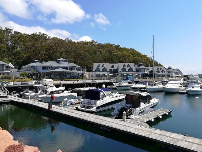 corlette beach, port stephens, nelson bay, things to do, the anchorage, things to do at the anchorage, beaches, swimming, bays, family friendly beaches, port stephens, NSW,