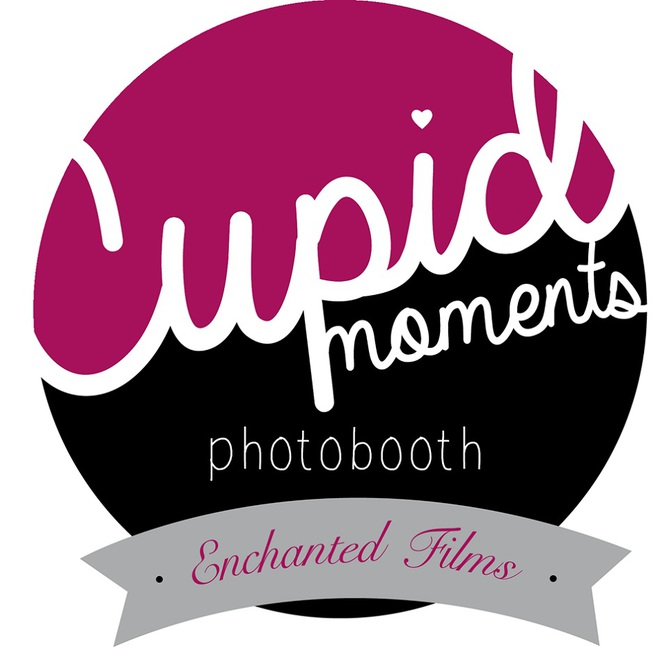 cupid moments, photobooth, fun, entertainment, props, backgorunds, photographs, professional, online, laughter, creative