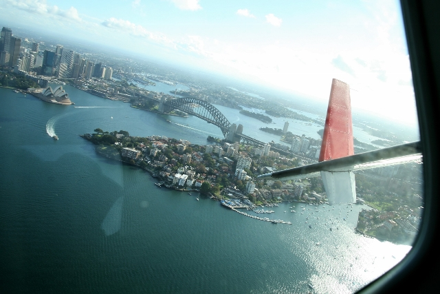 Prior to landing, we were treated to a sightseeing fly-over of the key points of interest in and around Sydney's main Harbour, taking in the Harbour Bridge, Opera House, Admiralty House, Prime Minister's Residence, Circular Quay, and many of the suburbs hugging the Harbour foreshore.