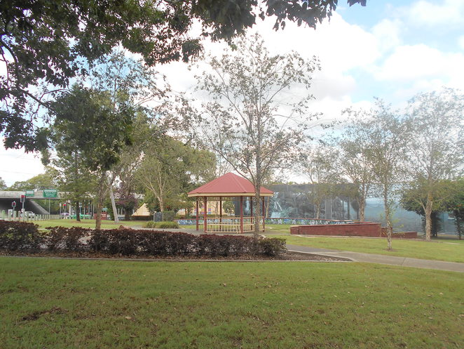Silvertop Park, art, playground, picnic, browns plains,