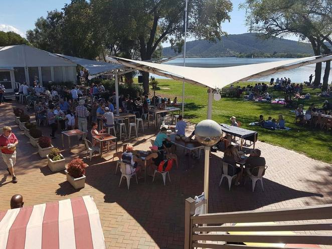 snapper on the lake, southern cross yacht club, christmas lunch, ACT, 2017,