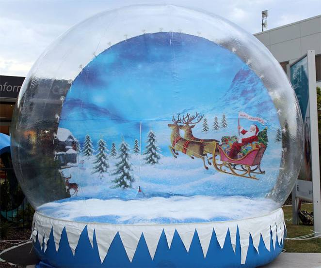 Snow globe at Williamstown