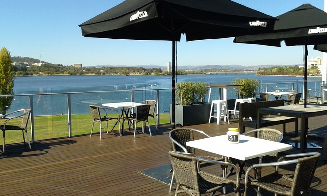 the deck, dog friendly, cafes, restuarants, canberra, ACT, pet friendly,