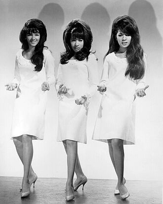 The Ronettes make the Bee Hive more famous