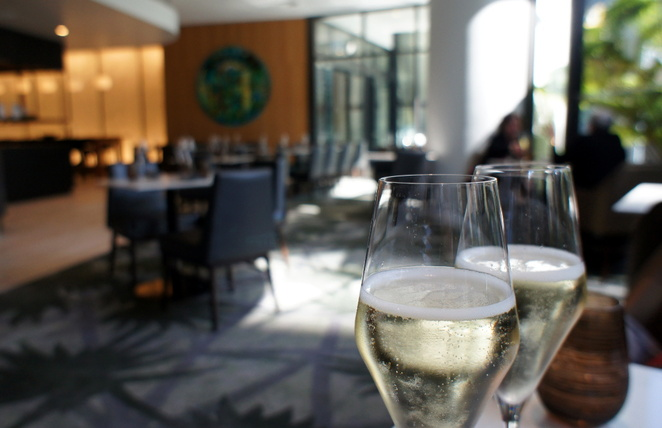You can choose between the Prosecco or the Cuvee Champagne