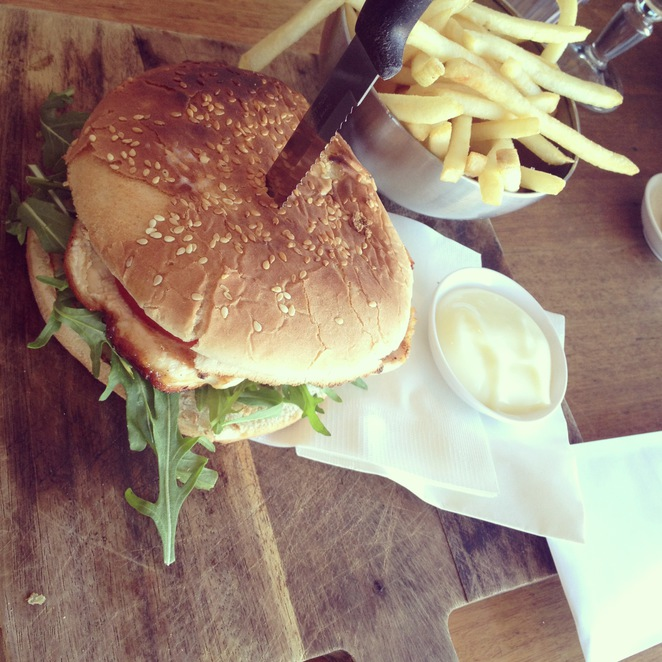 burger, chicken, sandwich, chips, food, lunch, cafe, dining, culinary
