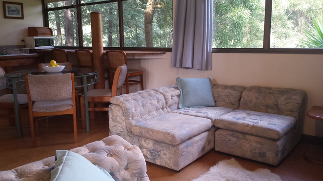 farm cottage, farmstay, self catering, Gippsland, cosy cottage, country cottage