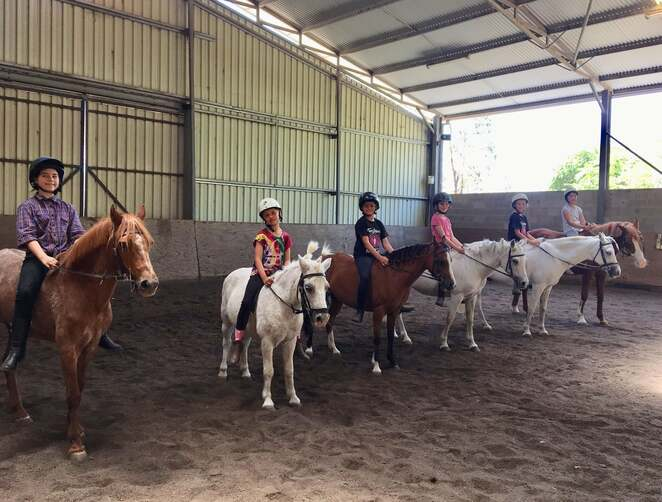 forest park riding school, canberra, ACT, school holidays, programs, whats on, things to do, horse riding, primary school age, high school, stromlo, ACT, 2020, april,