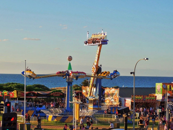 free things to do in adelaide, fun things to do, in adelaide, school holidays, adelaide kids, what to do in adelaide, activities for kids, free events, family entertainment, semaphore amusement park
