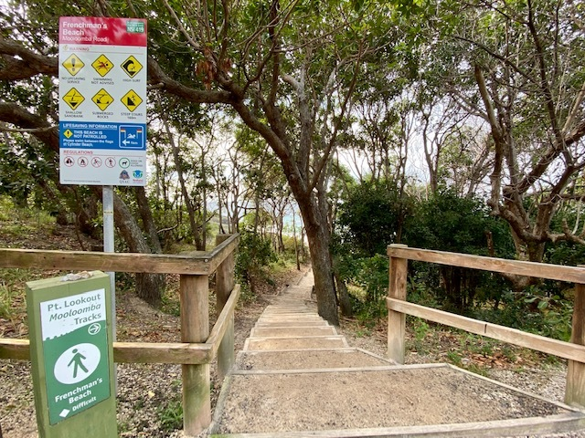 The entrance to Frenchman's Beach from Mooloomba Rd via stairs