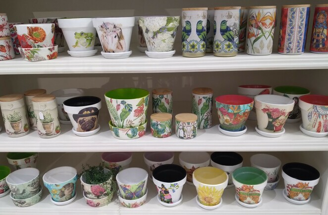 Handmade Expo, vintage, markets, popup. painted pots
