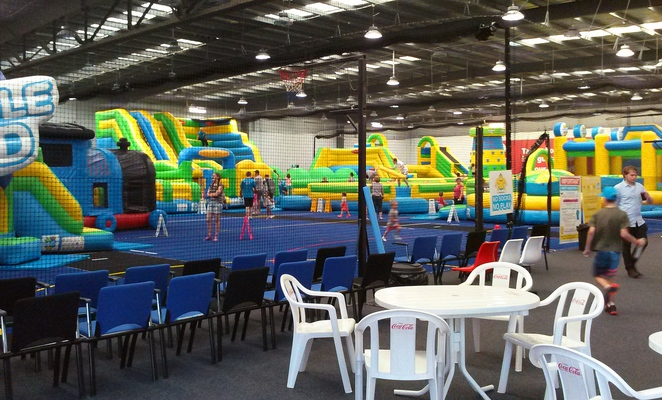 kambah inflatable world, canberra, ACT, childrens birthday parties, kids, childrens, party,