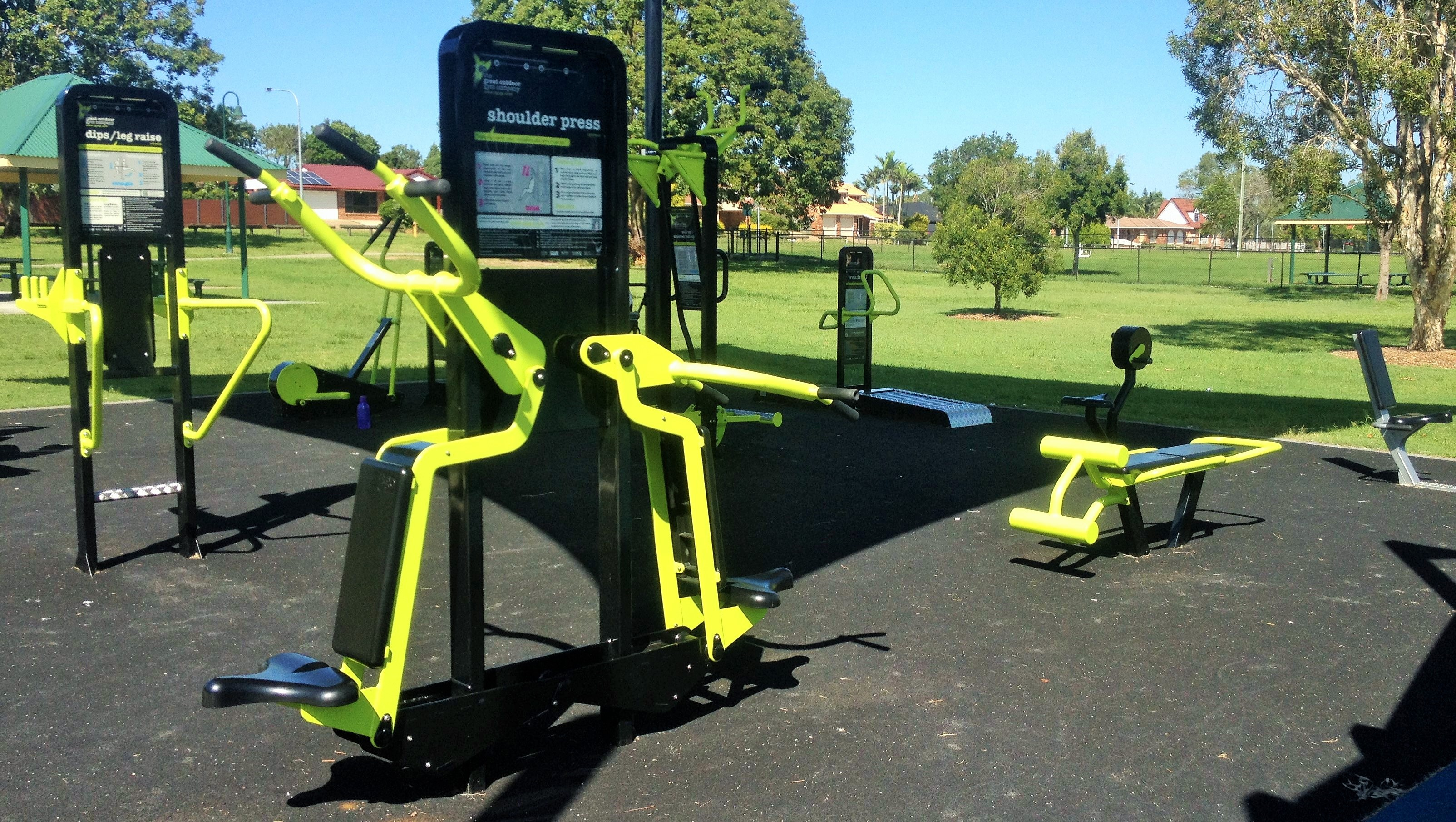 Outdoor Fitness Equipment : Minnippi parklands outdoor gym brisbane