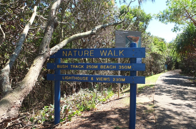 Point Cartwright walk, lighthouse, mural-painted reservoir, surfing point break, rock scrambling at low tide, picnic location, bush walk, views, La Balsa carpark, memorial plaques at lighthouse, doggy friendly specific hours