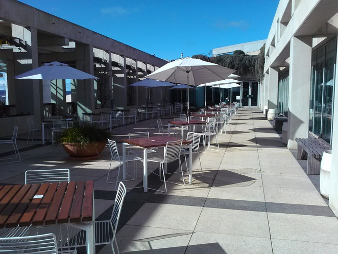 queens terrace cafe, canberra, parliament house, ACT, parliamentary triangle,