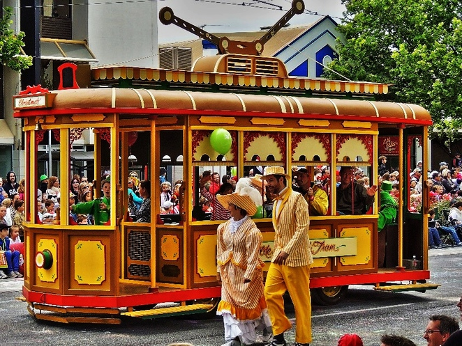things to do, adelaide, free, festival, park, christmas, market, food, kids, trams