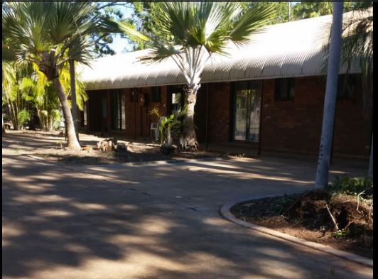accomodation, Katherine, hotel, family room, camping ground