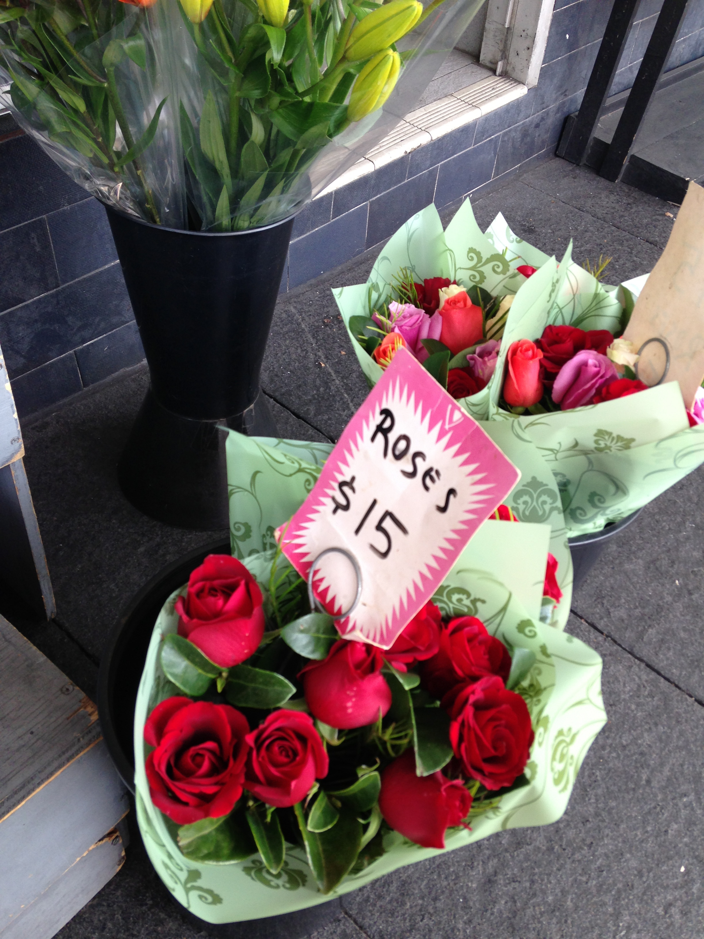 Where are sydneys cheapest flowers sydney christophers florist darlinghurst sydneys cheap flowers izmirmasajfo Gallery