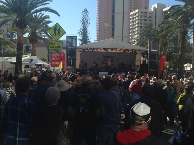 country music festival, broadbeach festival, live music, live music, Gold Coast events, free events, Gold Coast fun, festivals on the Gold Coast, free festivals, art, beach, culture
