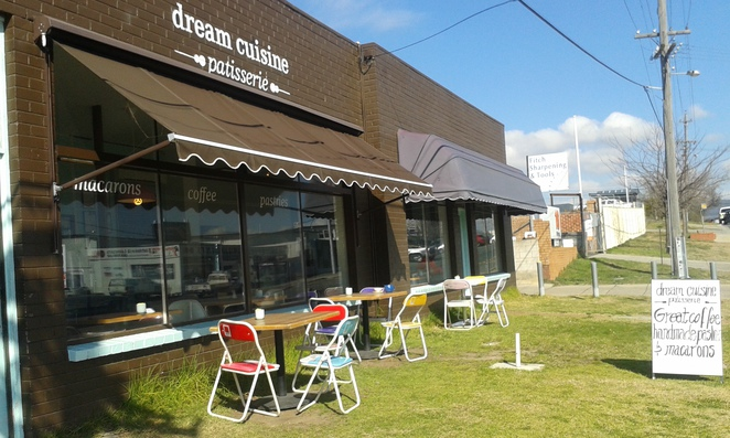 Dream Cuisine Patisserie, Fyshwick, Canberra, cafes, macarons, cakes, coffee