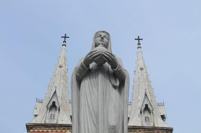 Ho chi Minh City, Statue of Mary outside Notre Dame Cathedral