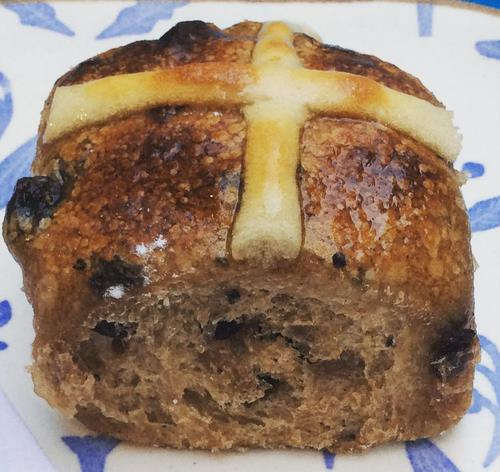 hot cross buns melbourne,best hot cross buns melbourne,top hot cross buns melbourne,Baker D Chirico,Candied Bakery,Chez Dre,Rustica,Loafer Bread,hot cross buns vegan,best hot cross buns melbourne cbd