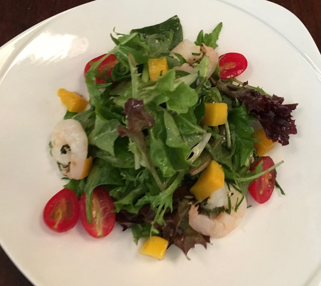 kennedy town KTown bar grill restaurant set lunch prawn and mango salad