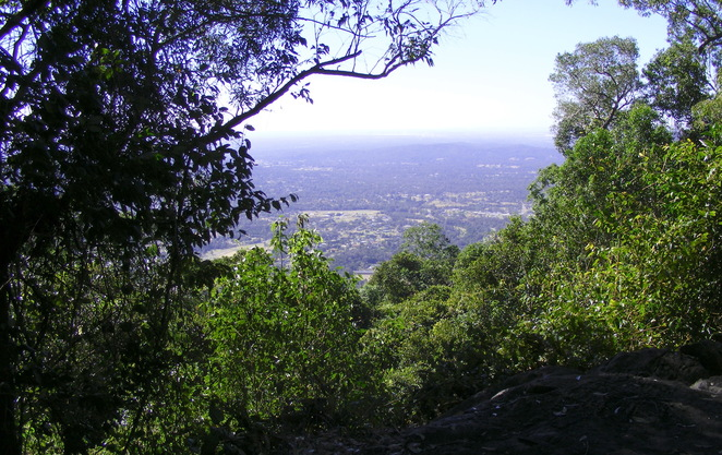 Mt Nebo Lookout has a nice rocky area to sit and enjoy the views of the Samford Valley