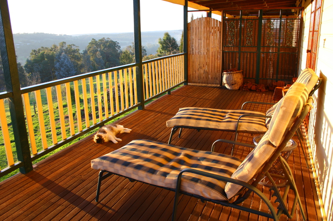 oakfield, balingup, bed and breakfast, verandah, relax