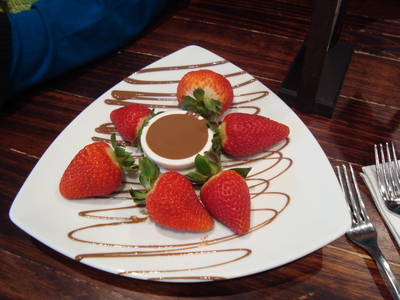 strawberry, chocolate dip, chocolate, max brenner, strawberries