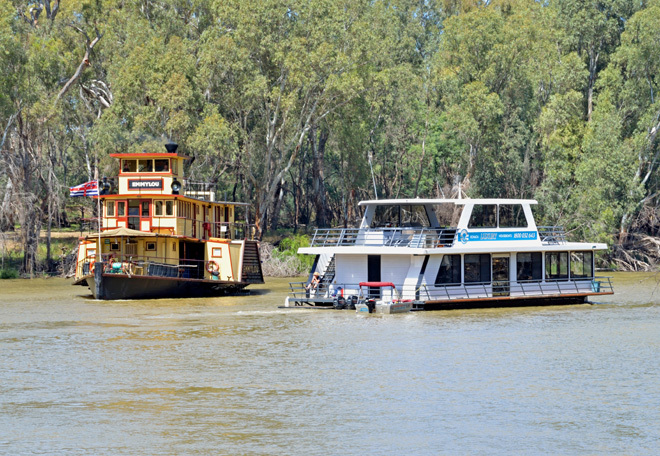 Victoria Melbourne Echuca Murray River Paddlesteamer Paddle Wheeler Cruise Cruises Cruising Travel Get Out Of Town Escape The City