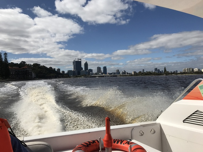 wild west charters, speedboat rides, swan river cruise, perth river cruise, jet boat rides, swan river jet boats