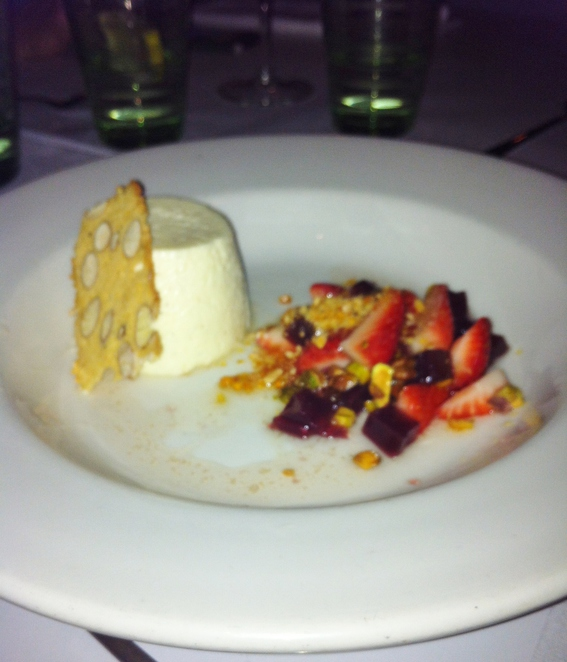 Vanilla bean panna cotta with red wine jelly and strawberry